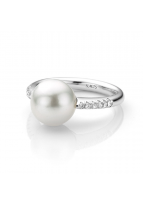 SLAETS Fine Jewellery South Sea Pearl Ring with Diamonds